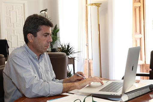 Mazon pide a Puig ayudas al turismo y calendario vacunacion