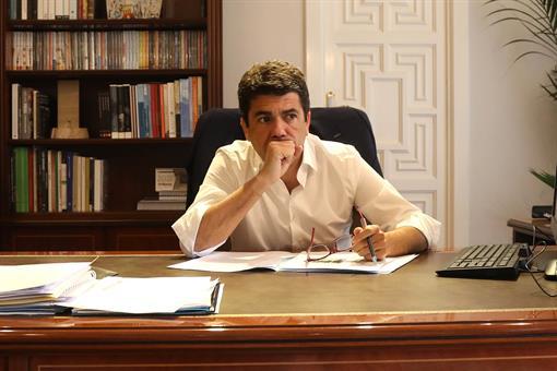 """Mazón: """"Hay que poner fin al ninguneo del Gobierno y del tripartito del Consell a la provincia de Alicante con el turismo y el agua"""""""